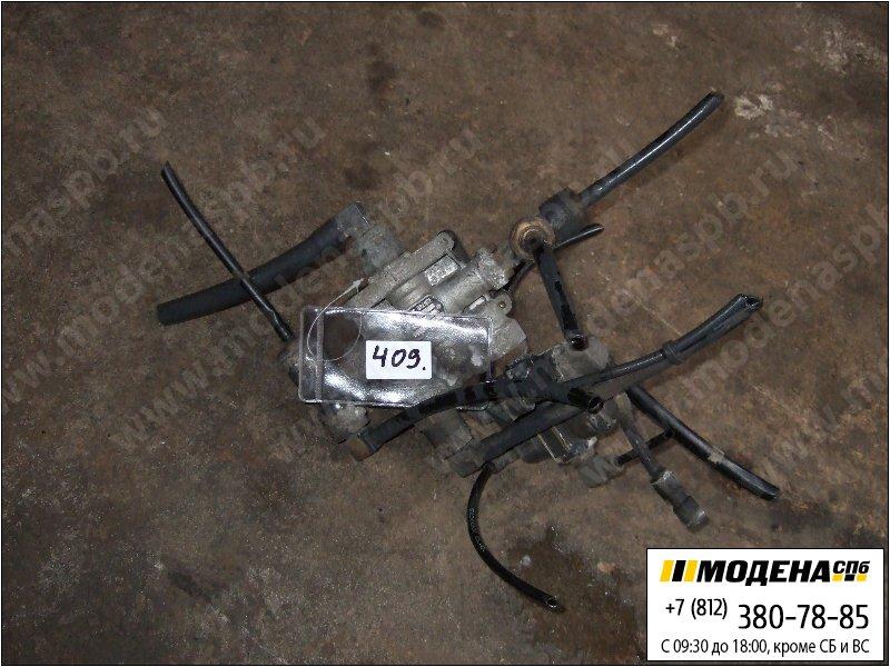 запчасти daf Клапан защитный четырехконтурный  Knorr-Bremse AE4610