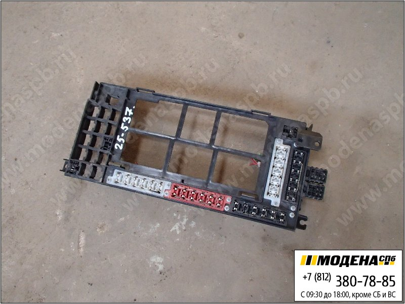 запчасти iveco Блок реле и предохранителей  500396901