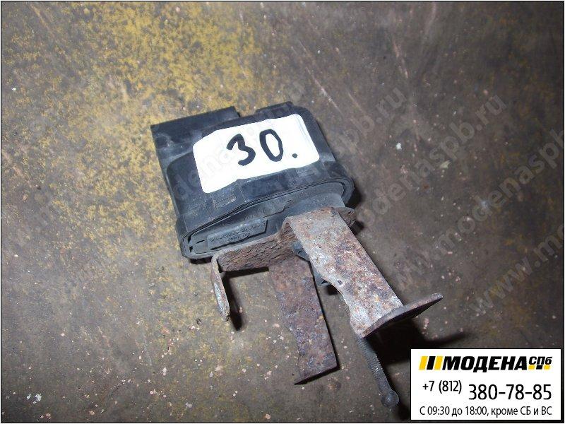 запчасти iveco Блок управления поворотниками  98403088