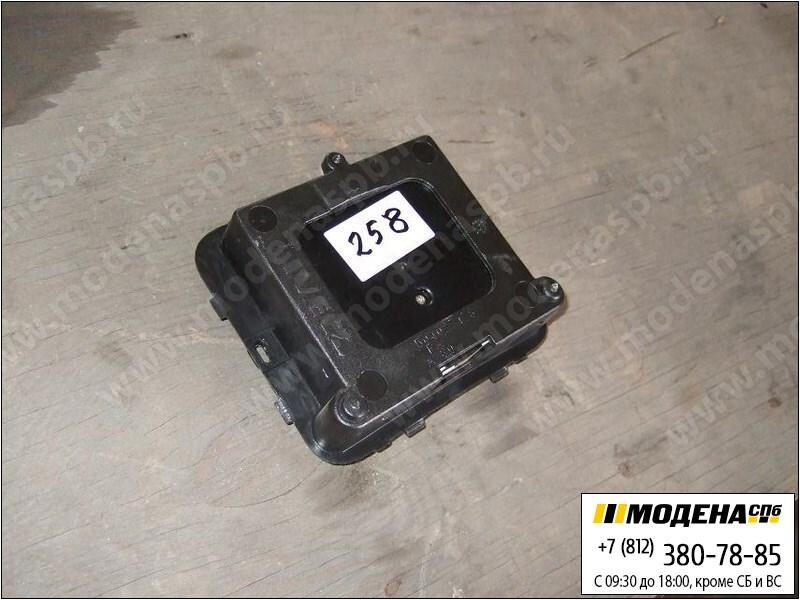 запчасти iveco Блок управления светом и печкой  41221027