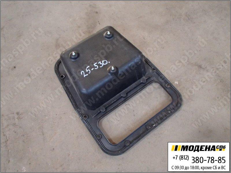 запчасти iveco Накладка кабины панель электроразьемов  500369348