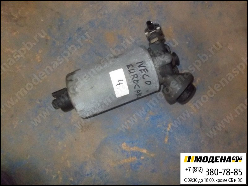 запчасти iveco Топливный насос ручной подкачки с корпусом фильтра в сборе  4897671