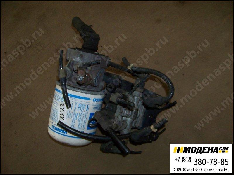 запчасти man Клапан защитный четырехконтурный с осушителем воздуха в сборе  Knorr-Bremse LA8211