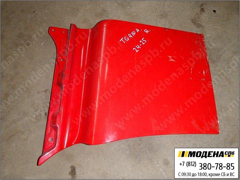 запчасти man Накладка двери правой, цвет красный  81.62610-0032