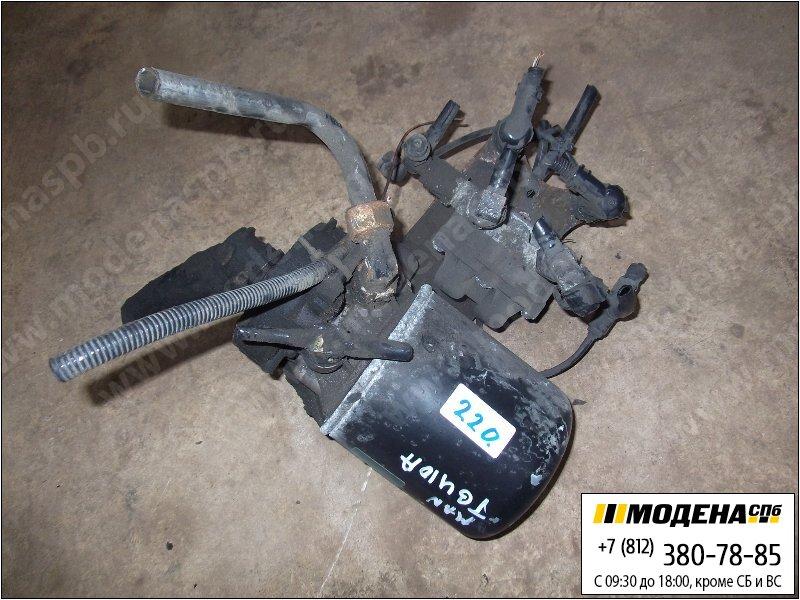 запчасти man Осушитель воздуха с клапаном защитным четырехконтурным в сборе  Knorr-Bremse LA8211