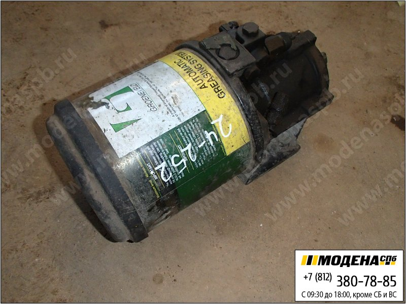 запчасти mercedes Агрегат (насос) центральной смазки