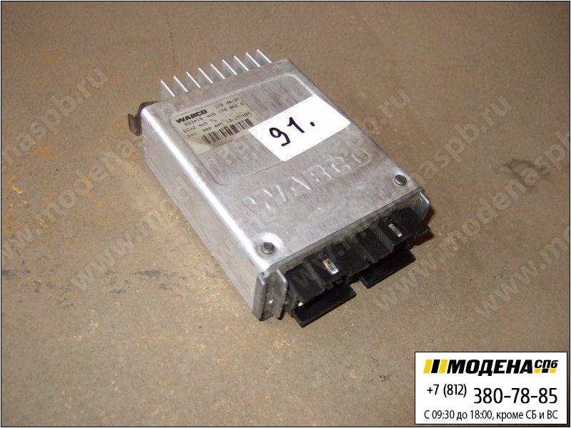 запчасти mercedes Блок управления EC HS 4x2 TL  A9425841638