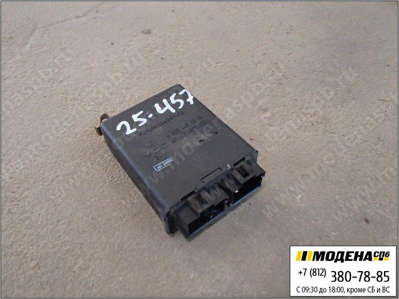 запчасти mercedes Блок управления VDO радиоуправления  A0004460018