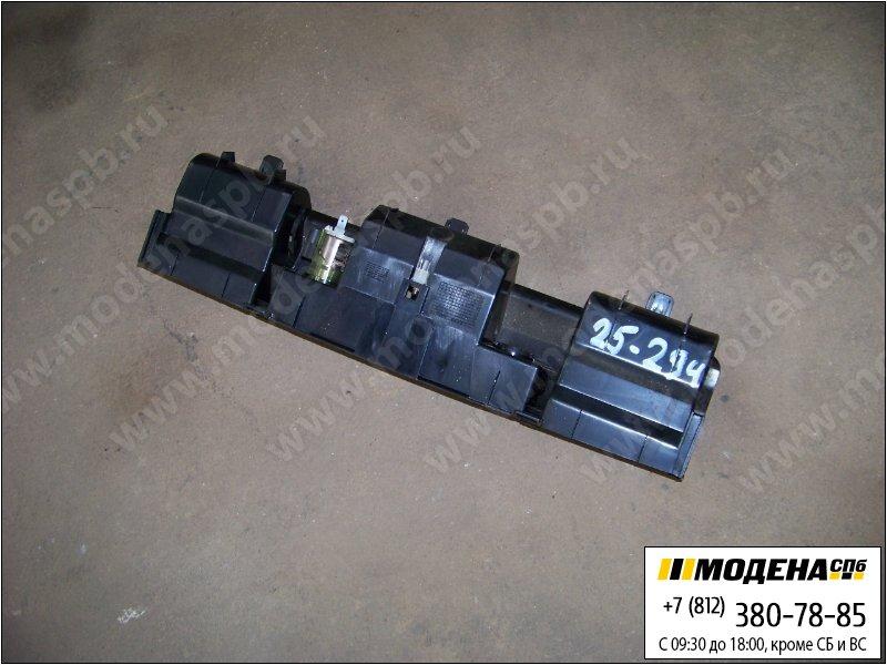 запчасти mercedes Часть центральной консоли  A9736800639