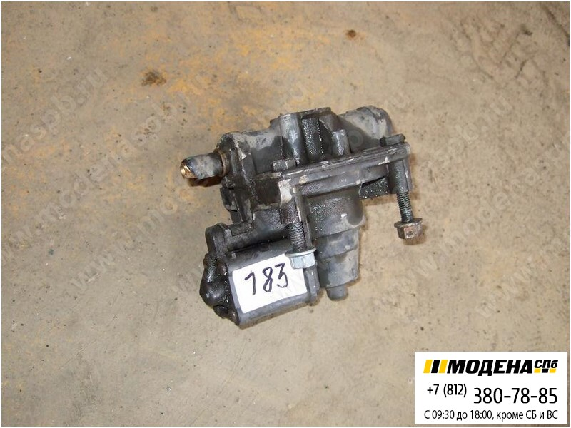 запчасти mercedes Клапан ускорительный тормозной системы  Wabco 4420034221