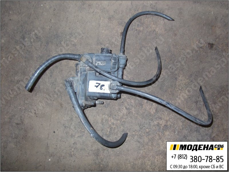 запчасти mercedes Клапан ускорительный тормозной системы  Wabco 4802050010