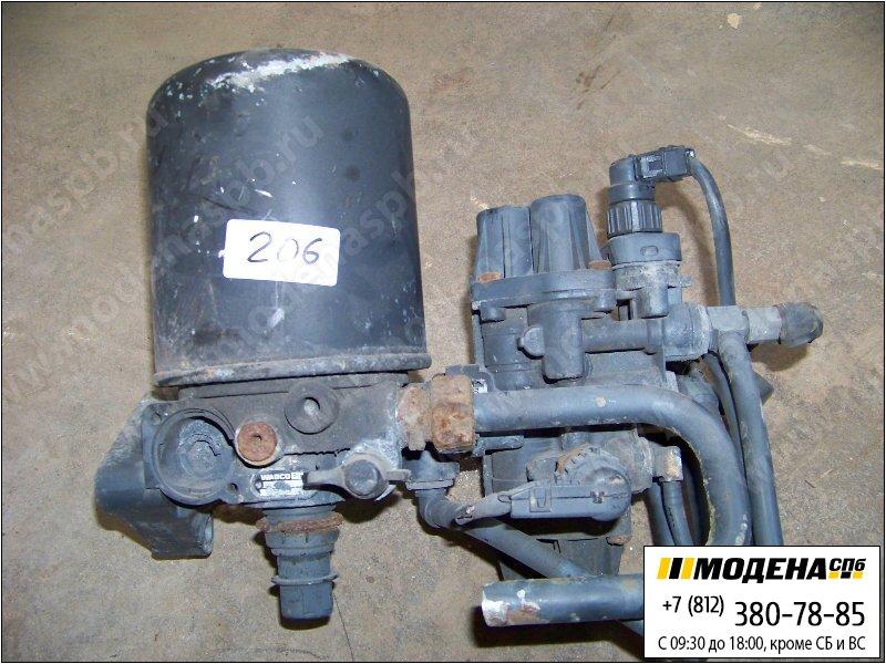 запчасти mercedes Клапан защитный четырехконтурный с осушителем воздуха в сборе  A9325000060