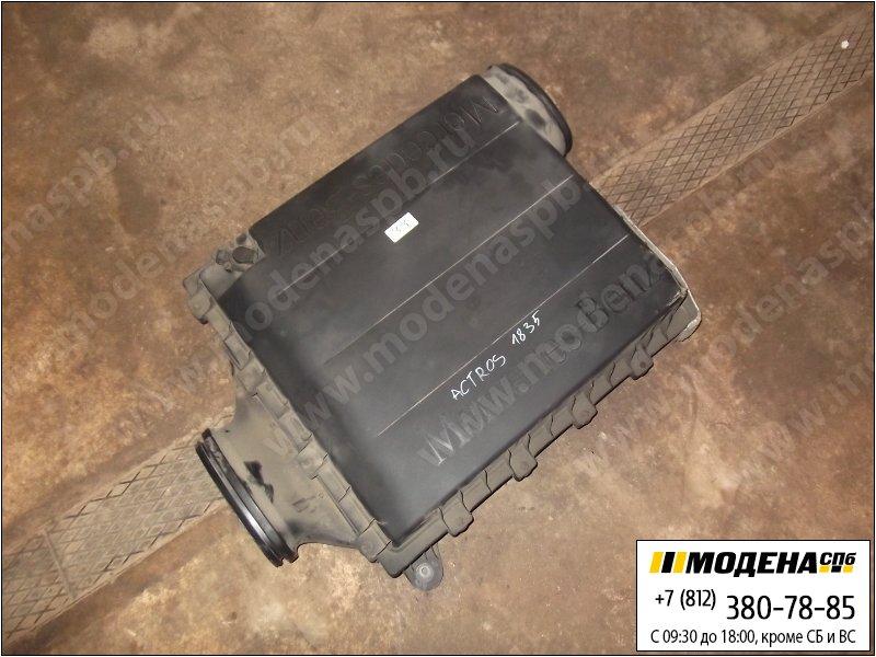 запчасти mercedes Корпус воздушного фильтра  A0180942902