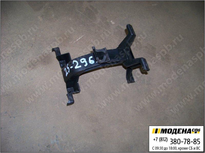 запчасти mercedes Кронштейн центральной консоли  A9736800056