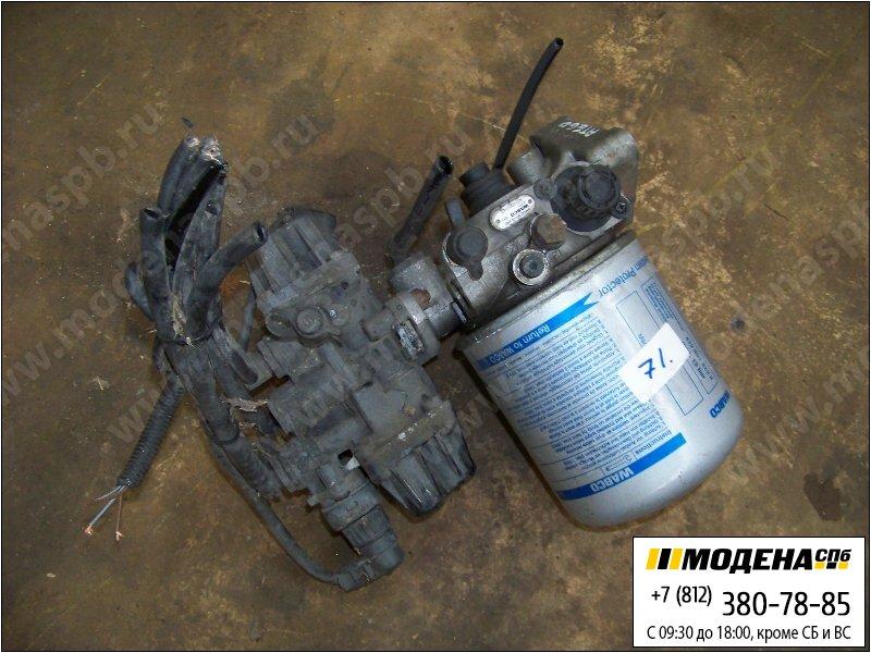 запчасти mercedes Осушитель воздуха (однокамерный) с клапаном защитным четырехконтурным в сборе  Wabco 9324000240