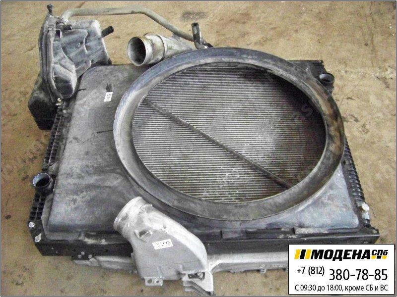 запчасти mercedes Радиатор двигателя с интеркулером в сборе (952x808x40mm)  A9425001703