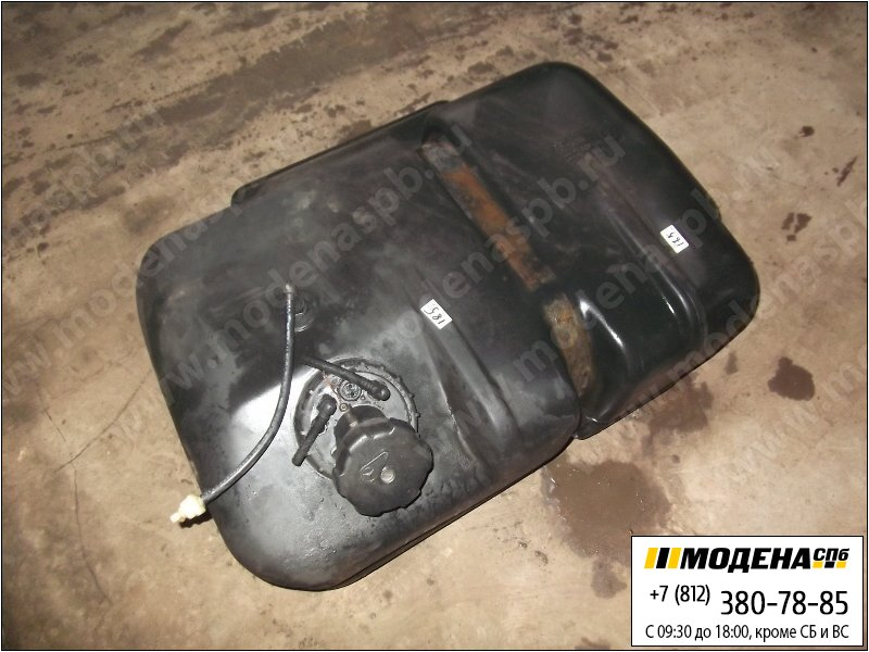 запчасти mercedes Топливный бак 180 литров с топливозаборником (пластик)  A9704710201
