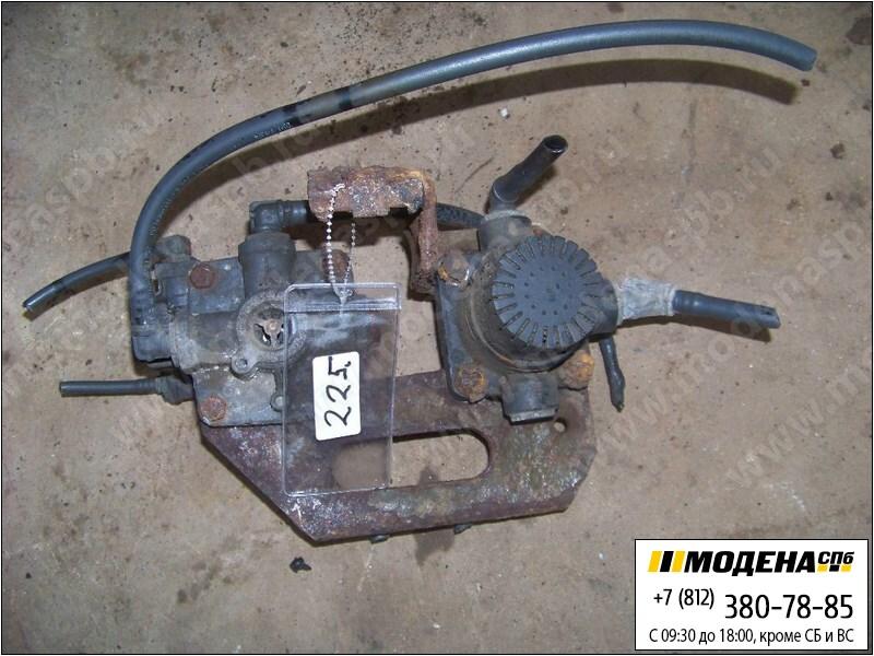 запчасти mercedes Ускорительный клапан тормозной системы  Wabco 4802050010
