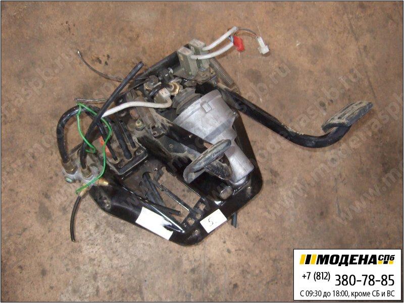 запчасти scania Блок педалей сцепление-тормоз в сборе (ПГУ пропускает воздух)  1394067
