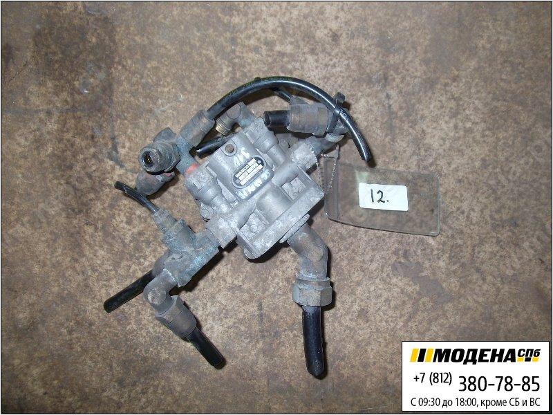 запчасти scania Клапан защитный четырехконтурный  Wabco 9347140280
