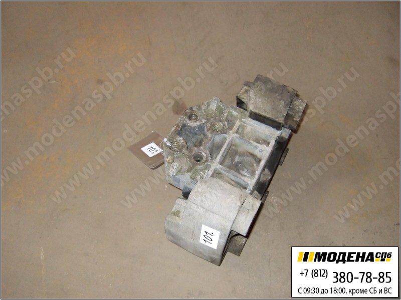запчасти scania Подушка (опора) двигателя  1336882