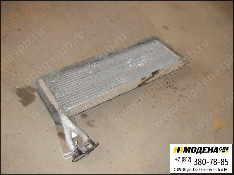 запчасти scania Радиатор кондиционера  1375700