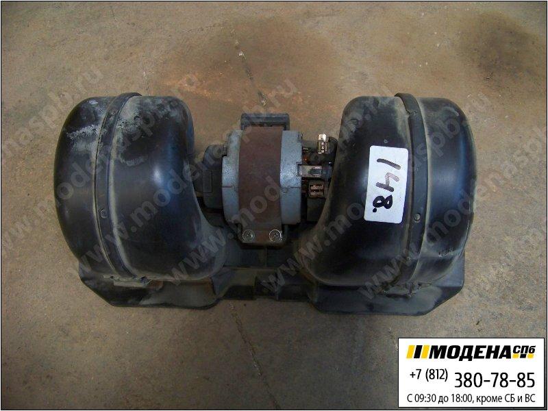 запчасти volvo Электродвигатель (с вентилятором) печки кабины 24V 100W  8157216