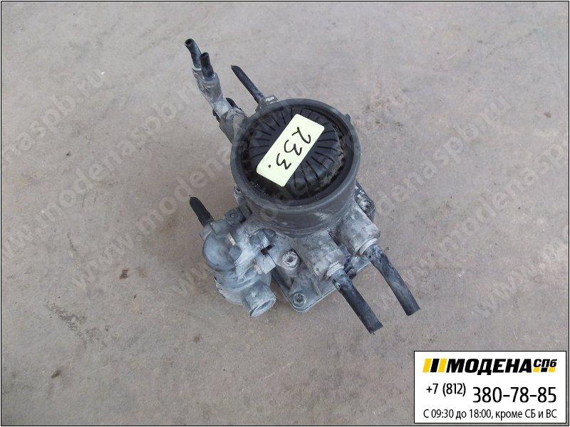 запчасти volvo Кран управления тормозами прицепа  Knorr-Bremse 0486205008