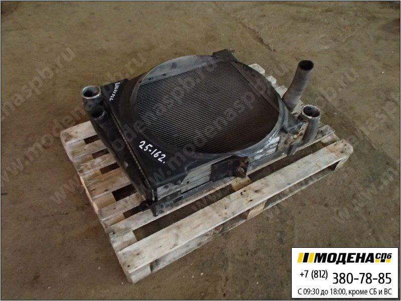 запчасти volvo Радиатор двигателя с интеркулером в сборе  8113629