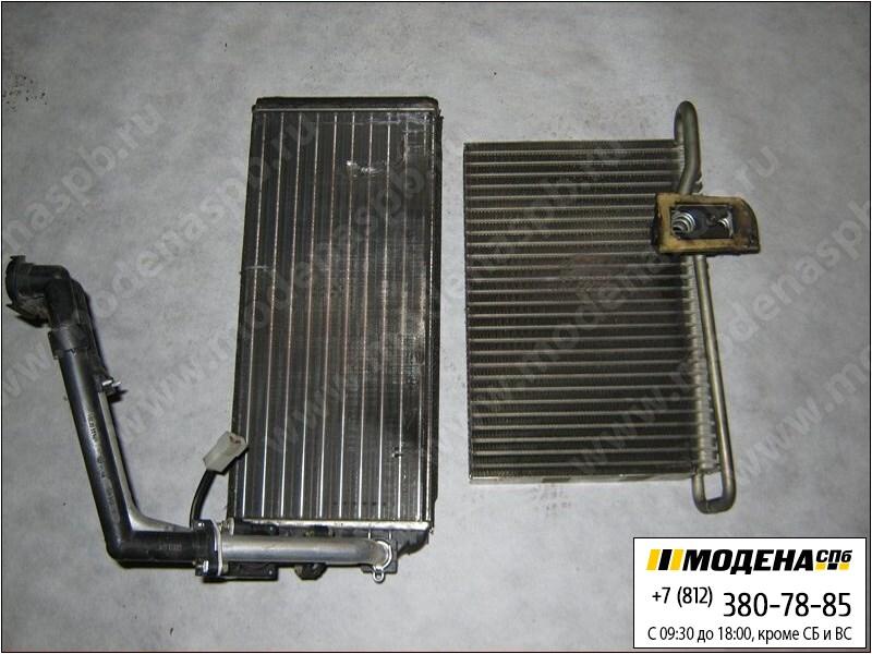 запчасти volvo Радиатор отопителя, испаритель кондиционера  9245871506